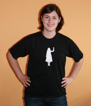 Der Bote im PR T-Shirt von vorne…