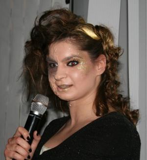 Die Sphinx (Mandy) beim Soundcheck der Ödipedia-Generalprobe am 16.04.2009.